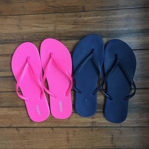 2 pairs of Old Navy Flip Flops